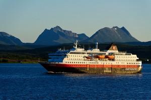vortrag-hurtigruten-norwegen-postschiff-01